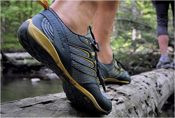 img_merrell_barefoot_trail_running_shoes