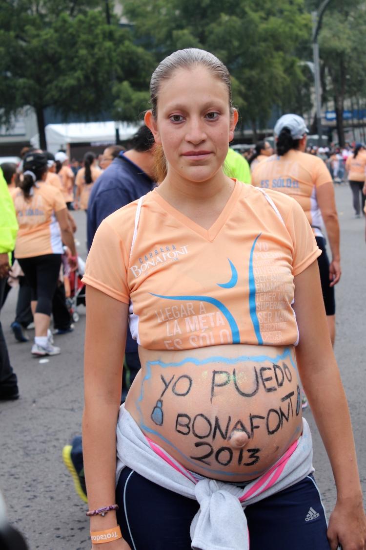 carrera bonafont pregnant runner embarazada corredora