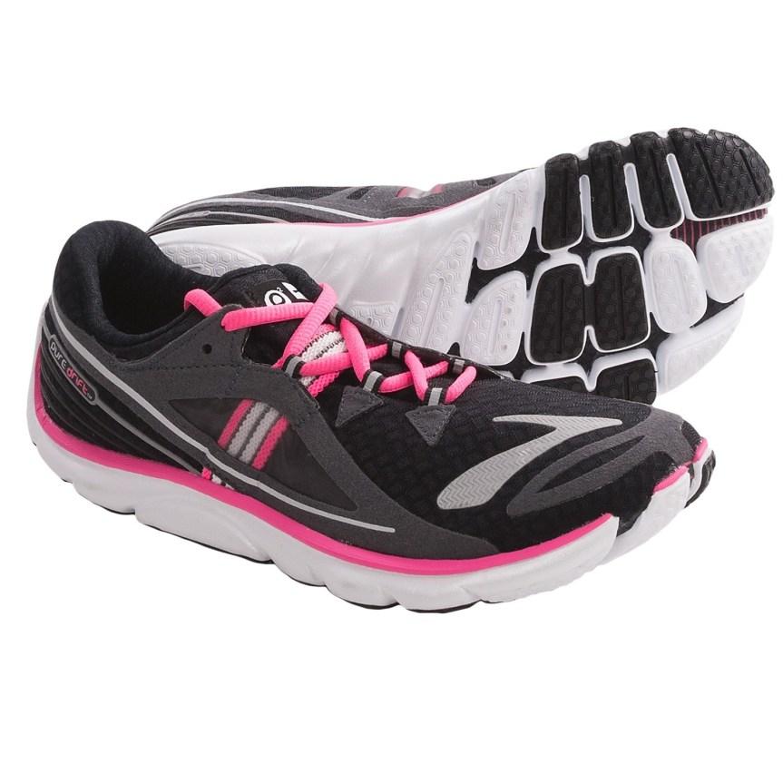 brooks-puredrift-running-shoes-minimalist-for-women-in-black-brite-pink-nightlife-anthracite~p~6768u_02~1500.2