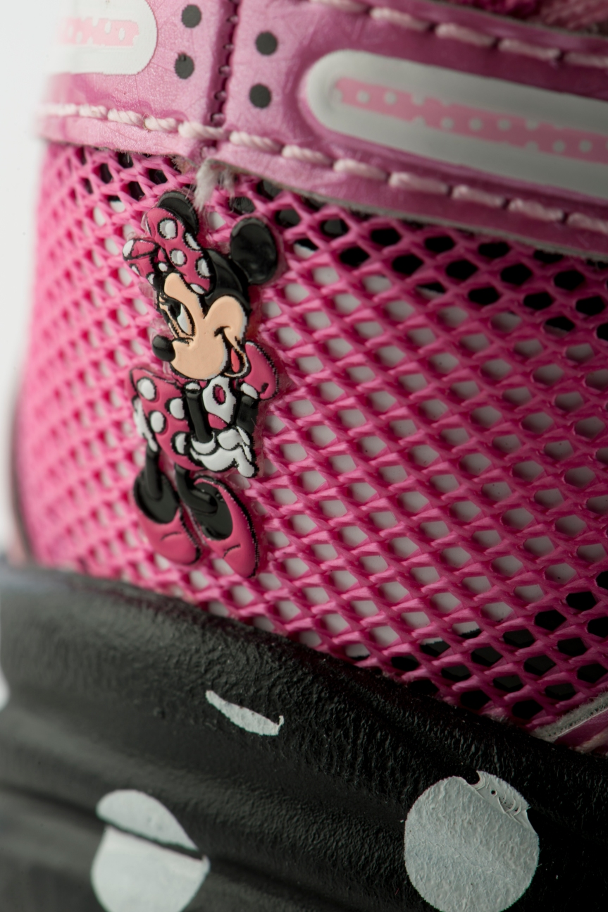 Minnie_heel