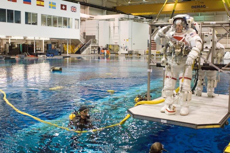 NASA_s_Neutral_Buoyancy_Laboratory_in_Houston